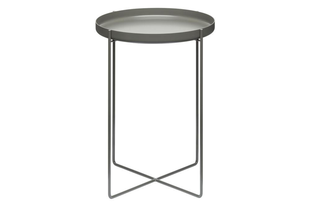 https://res.cloudinary.com/clippings/image/upload/t_big/dpr_auto,f_auto,w_auto/v2/products/cm05-habibi-side-table-steel-small-e15-philipp-mainzer-clippings-1394511.jpg