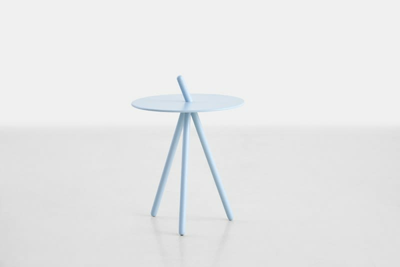 https://res.cloudinary.com/clippings/image/upload/t_big/dpr_auto,f_auto,w_auto/v2/products/come-here-side-table-light-blue-woud-steffen-juul-clippings-9278861.jpg