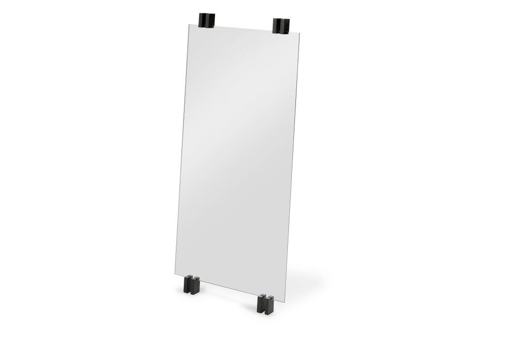 https://res.cloudinary.com/clippings/image/upload/t_big/dpr_auto,f_auto,w_auto/v2/products/cutter-standing-mirror-black-oak-skagerak-niels-hvass-clippings-11288870.jpg