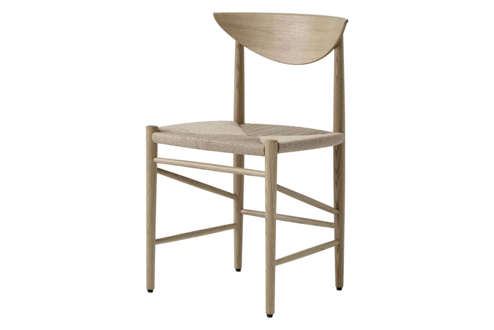 https://res.cloudinary.com/clippings/image/upload/t_big/dpr_auto,f_auto,w_auto/v2/products/drawn-hm3-dining-chair-white-oiled-oak-tradition-hvidt-m%C3%B8lgaard-clippings-11358960.jpg