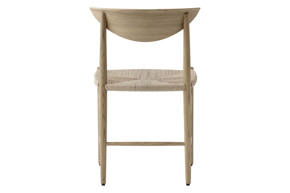 https://res.cloudinary.com/clippings/image/upload/t_big/dpr_auto,f_auto,w_auto/v2/products/drawn-hm3-dining-chair-white-oiled-oak-tradition-hvidt-m%C3%B8lgaard-clippings-11358961.jpg