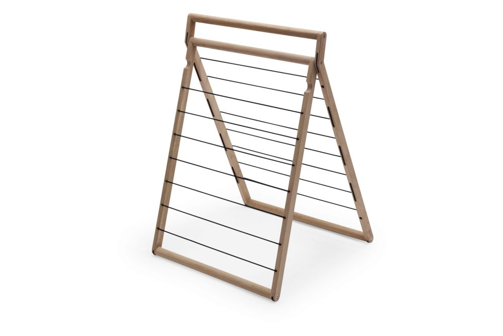 https://res.cloudinary.com/clippings/image/upload/t_big/dpr_auto,f_auto,w_auto/v2/products/dryp-drying-rack-skagerak-rikke-frost-clippings-11288614.jpg