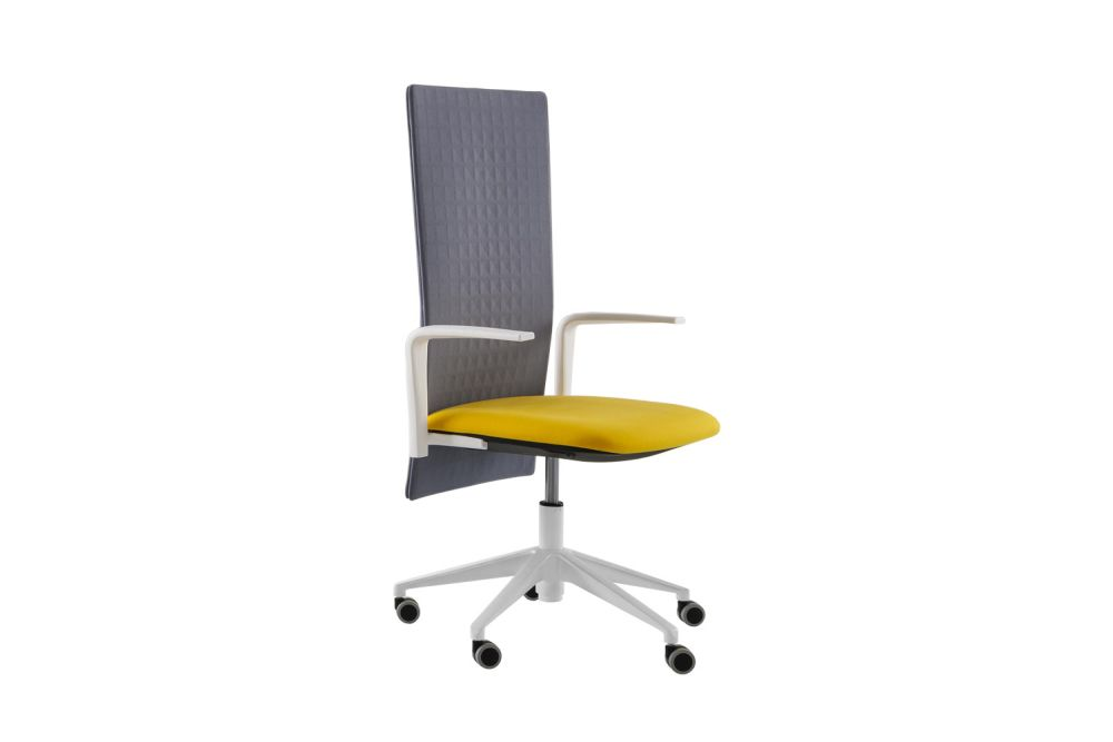 https://res.cloudinary.com/clippings/image/upload/t_big/dpr_auto,f_auto,w_auto/v2/products/elodie-executive-05r-swivel-chair-with-arms-set-of-4-thermoformed-t07-thermoformed-t07-king-l-fabric-3090-10-nero-gaber-marc-sadler-clippings-11147490.jpg