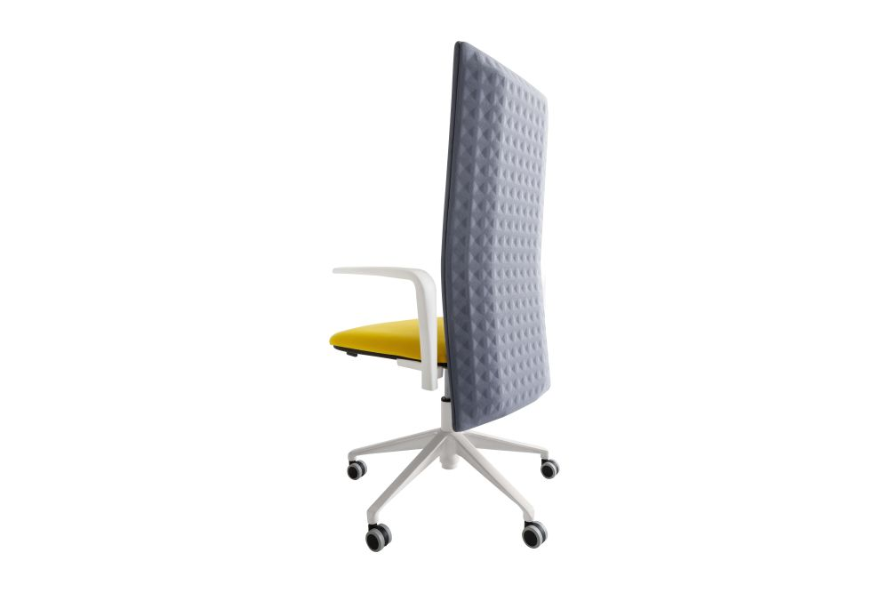 https://res.cloudinary.com/clippings/image/upload/t_big/dpr_auto,f_auto,w_auto/v2/products/elodie-manager-05r-swivel-chair-with-arms-set-of-4-thermoformed-t07-thermoformed-t07-king-l-fabric-3090-00-white-gaber-marc-sadler-clippings-11147495.jpg