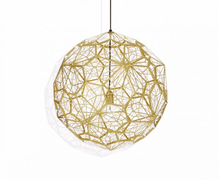 https://res.cloudinary.com/clippings/image/upload/t_big/dpr_auto,f_auto,w_auto/v2/products/etch-web-pendant-light-brass-tom-dixon-clippings-8789121.jpg