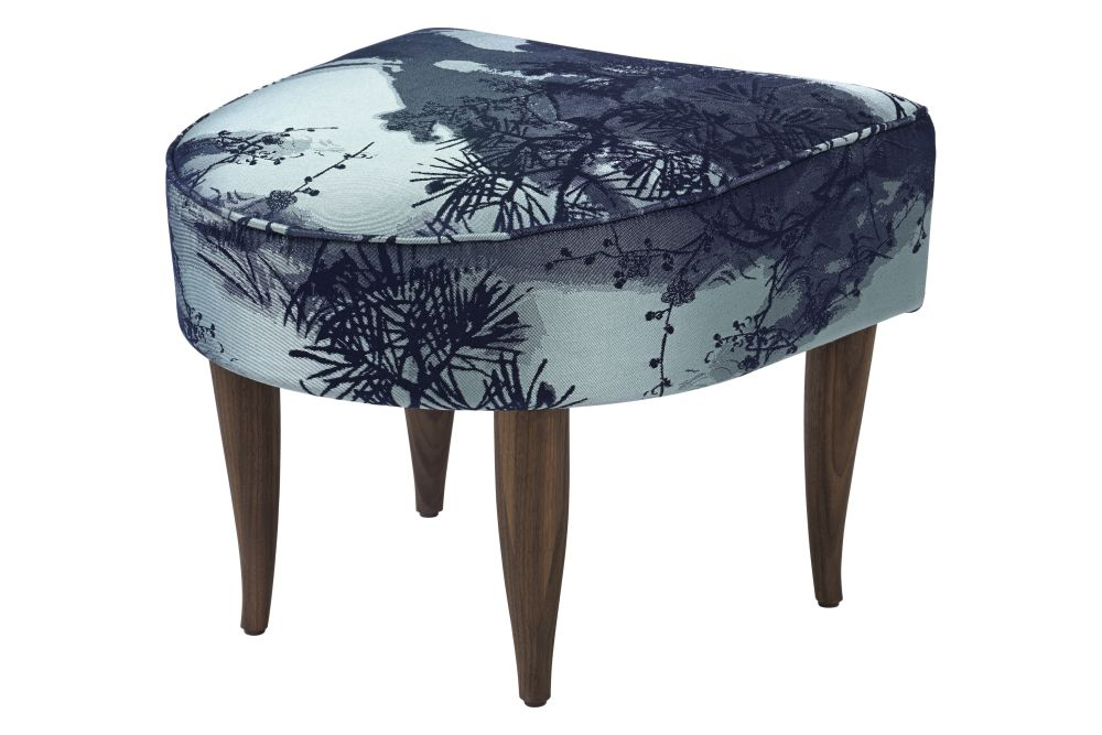 https://res.cloudinary.com/clippings/image/upload/t_big/dpr_auto,f_auto,w_auto/v2/products/fig-leaf-ottoman-gubi-wood-black-stained-oak-price-grp-07-cm8-gubi-kerstin-h-holmquist-clippings-11186667.jpg