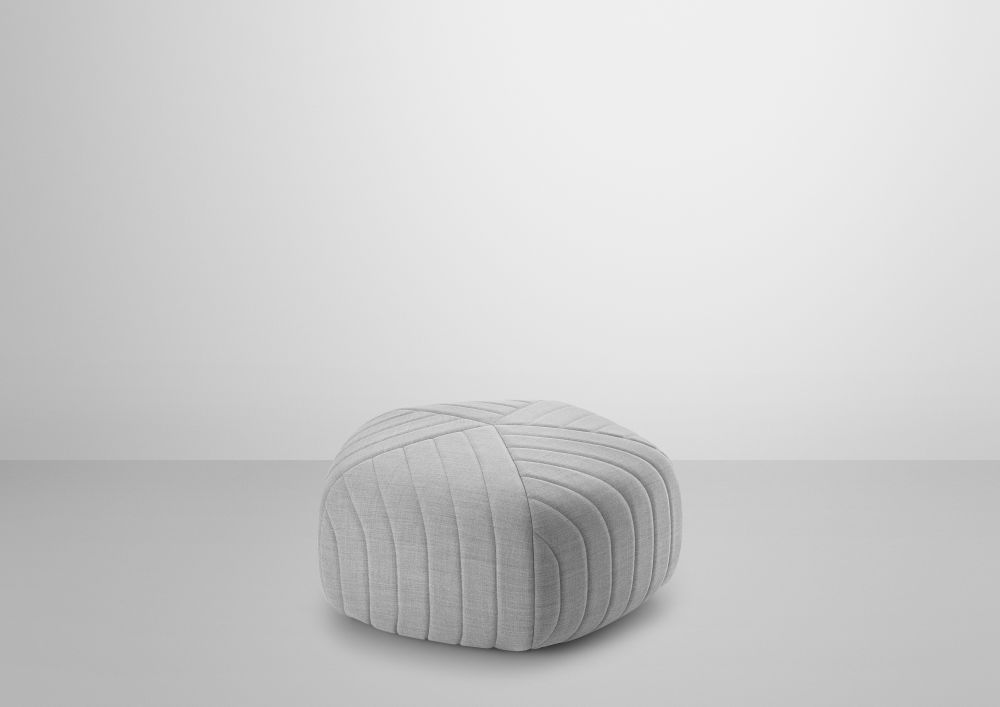 https://res.cloudinary.com/clippings/image/upload/t_big/dpr_auto,f_auto,w_auto/v2/products/five-pouf-muuto-anderssen-voll-clippings-8732481.jpg