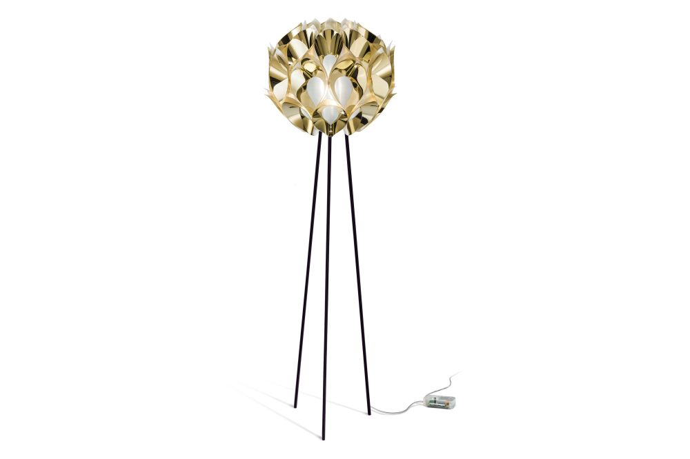 https://res.cloudinary.com/clippings/image/upload/t_big/dpr_auto,f_auto,w_auto/v2/products/flora-floor-lamp-gold-metal-slamp-zanini-de-zanine-clippings-11189899.jpg