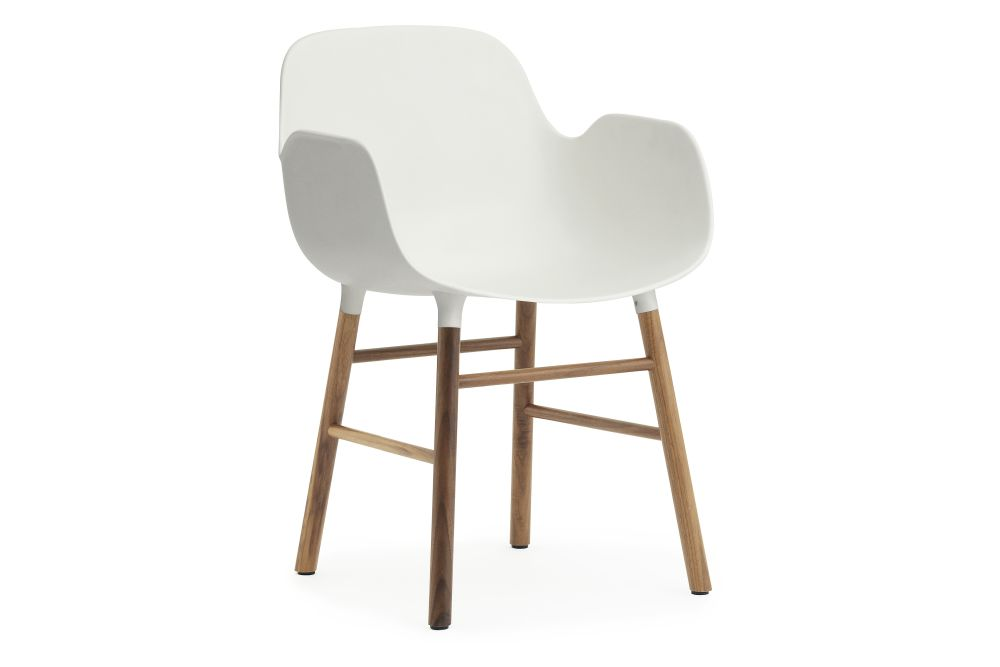 https://res.cloudinary.com/clippings/image/upload/t_big/dpr_auto,f_auto,w_auto/v2/products/form-armchair-whitewalnut-normann-copenhagen-simon-legald-clippings-1133231.jpg