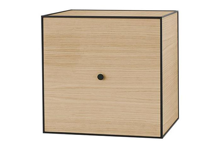 https://res.cloudinary.com/clippings/image/upload/t_big/dpr_auto,f_auto,w_auto/v2/products/frame-49-square-box-storage-oak-by-lassen-mogens-and-fleeming-lassen-clippings-11140822.jpg