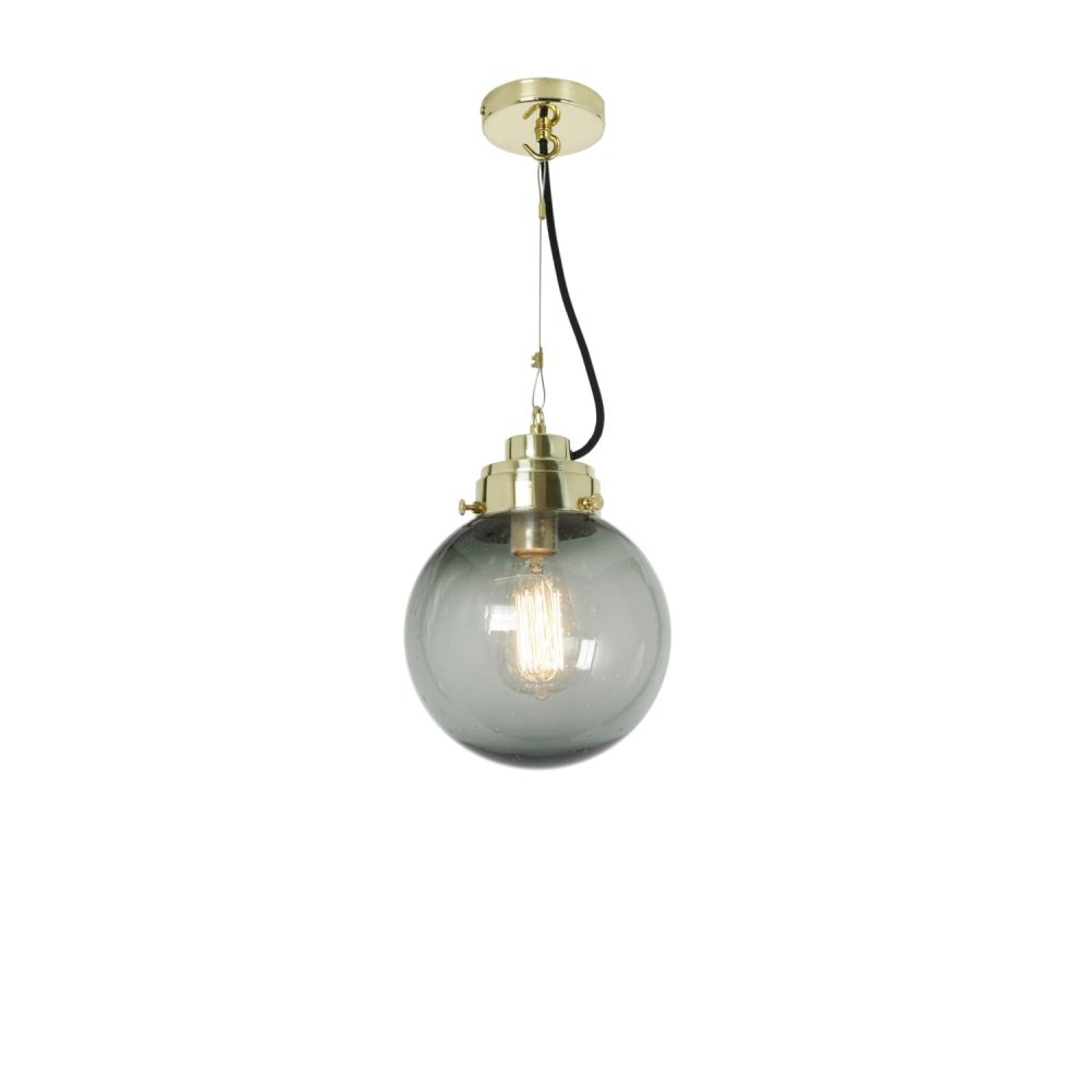 https://res.cloudinary.com/clippings/image/upload/t_big/dpr_auto,f_auto,w_auto/v2/products/globe-pendant-light-seedy-anthracite-and-brass-small-original-btc-clippings-1663151.jpg