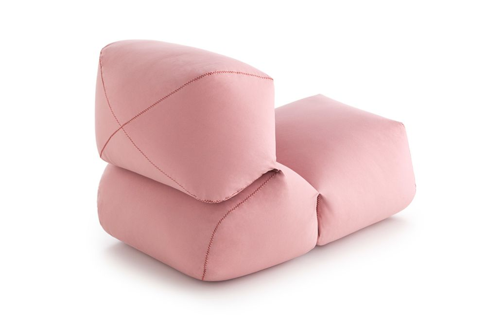 https://res.cloudinary.com/clippings/image/upload/t_big/dpr_auto,f_auto,w_auto/v2/products/grapy-soft-seat-pink-cotton-gan-kensaku-oshiro-clippings-8887021.jpg