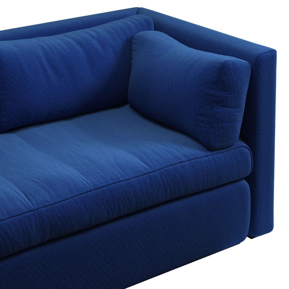 https://res.cloudinary.com/clippings/image/upload/t_big/dpr_auto,f_auto,w_auto/v2/products/hackney-3-seater-sofa-fabric-group-4-hay-clippings-11240035.jpg