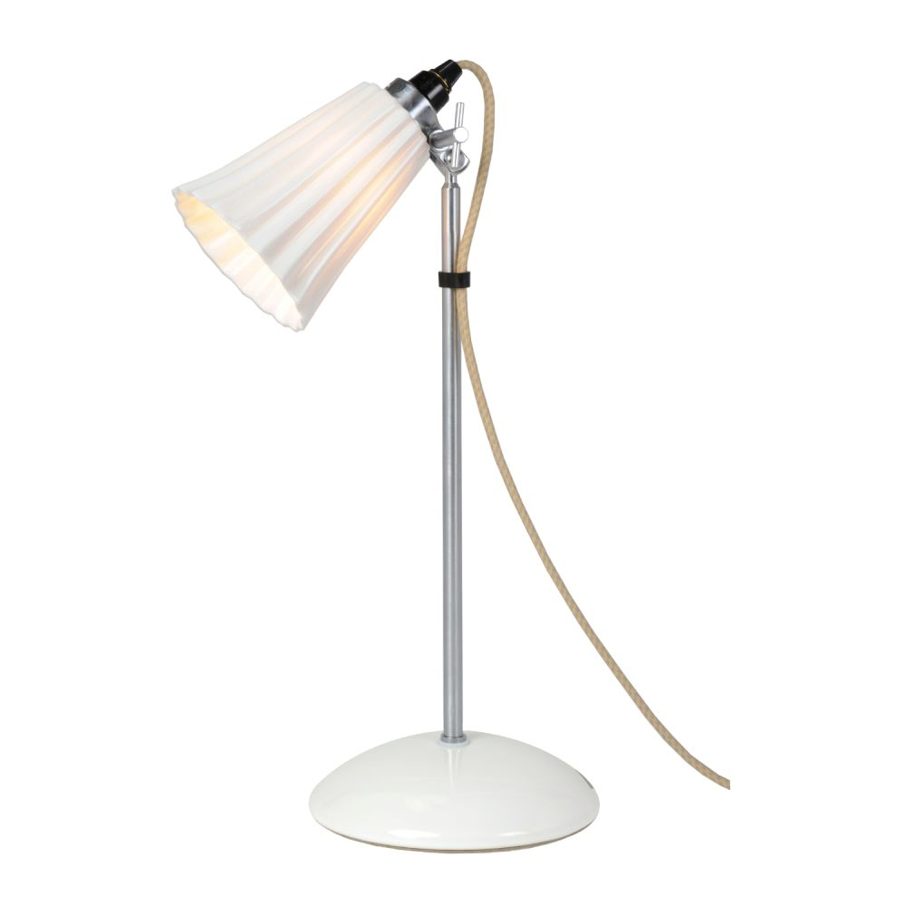 https://res.cloudinary.com/clippings/image/upload/t_big/dpr_auto,f_auto,w_auto/v2/products/hector-small-pleat-table-lamp-natural-white-original-btc-clippings-1611611.jpg