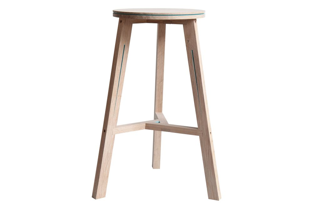 https://res.cloudinary.com/clippings/image/upload/t_big/dpr_auto,f_auto,w_auto/v2/products/interstice-stool-oak-steven-banken-clippings-1192321.jpg