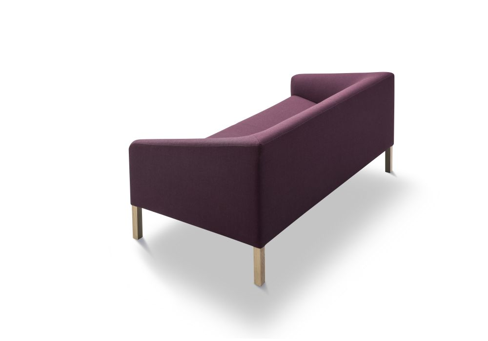 https://res.cloudinary.com/clippings/image/upload/t_big/dpr_auto,f_auto,w_auto/v2/products/kile-sofa-2-seater-lacquered-oak-remix-2-113-fredericia-jasper-morrison-clippings-9426801.jpg
