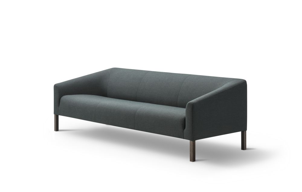 https://res.cloudinary.com/clippings/image/upload/t_big/dpr_auto,f_auto,w_auto/v2/products/kile-sofa-3-seater-lacquered-oak-remix-2-113-fredericia-jasper-morrison-clippings-9426941.jpg