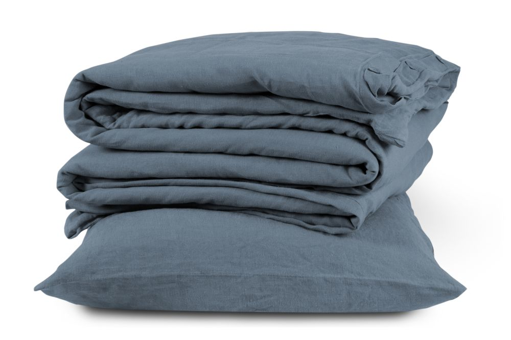 https://res.cloudinary.com/clippings/image/upload/t_big/dpr_auto,f_auto,w_auto/v2/products/linen-duvet-cover-parisian-blue-single-the-linen-works-clippings-1367521.jpg