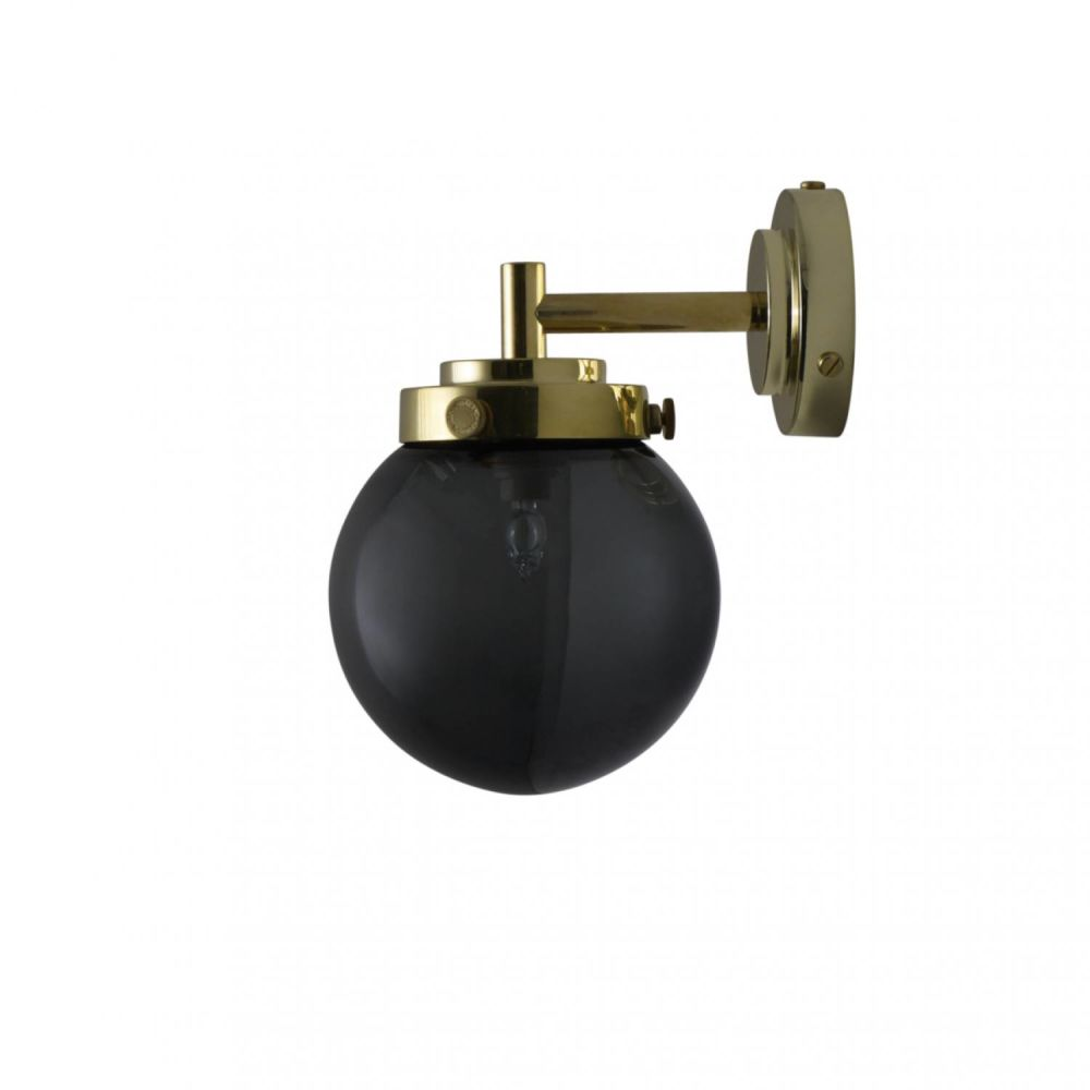 https://res.cloudinary.com/clippings/image/upload/t_big/dpr_auto,f_auto,w_auto/v2/products/mini-globe-wall-light-polished-brass-opal-original-btc-clippings-10094821.jpg