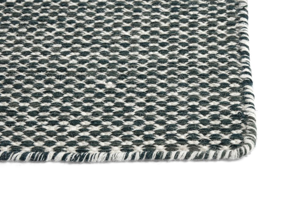 https://res.cloudinary.com/clippings/image/upload/t_big/dpr_auto,f_auto,w_auto/v2/products/moire-kelim-rug-wool-dark-green-kelim-240x170cm-hay-hay-clippings-11328508.jpg