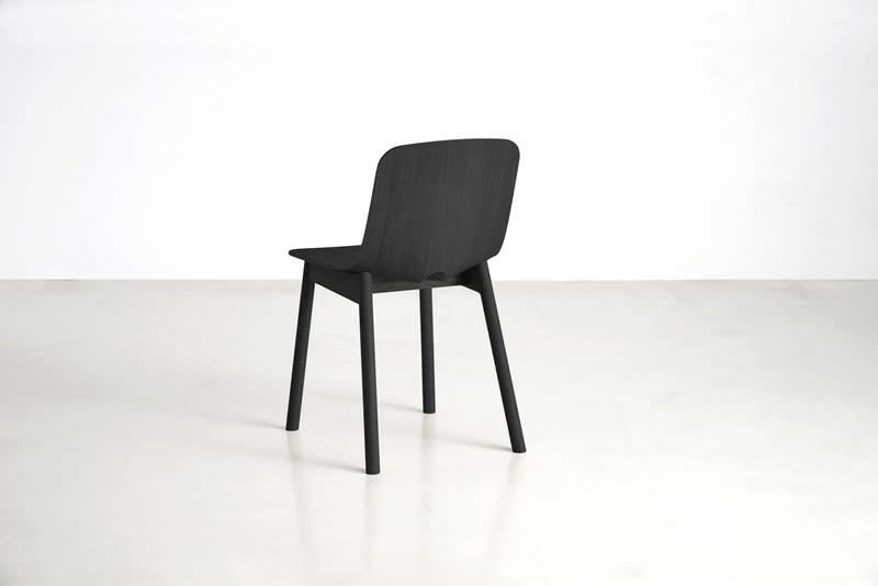 https://res.cloudinary.com/clippings/image/upload/t_big/dpr_auto,f_auto,w_auto/v2/products/mono-dining-chair-set-of-2-black-woud-kasper-nyman-clippings-9280301.jpg
