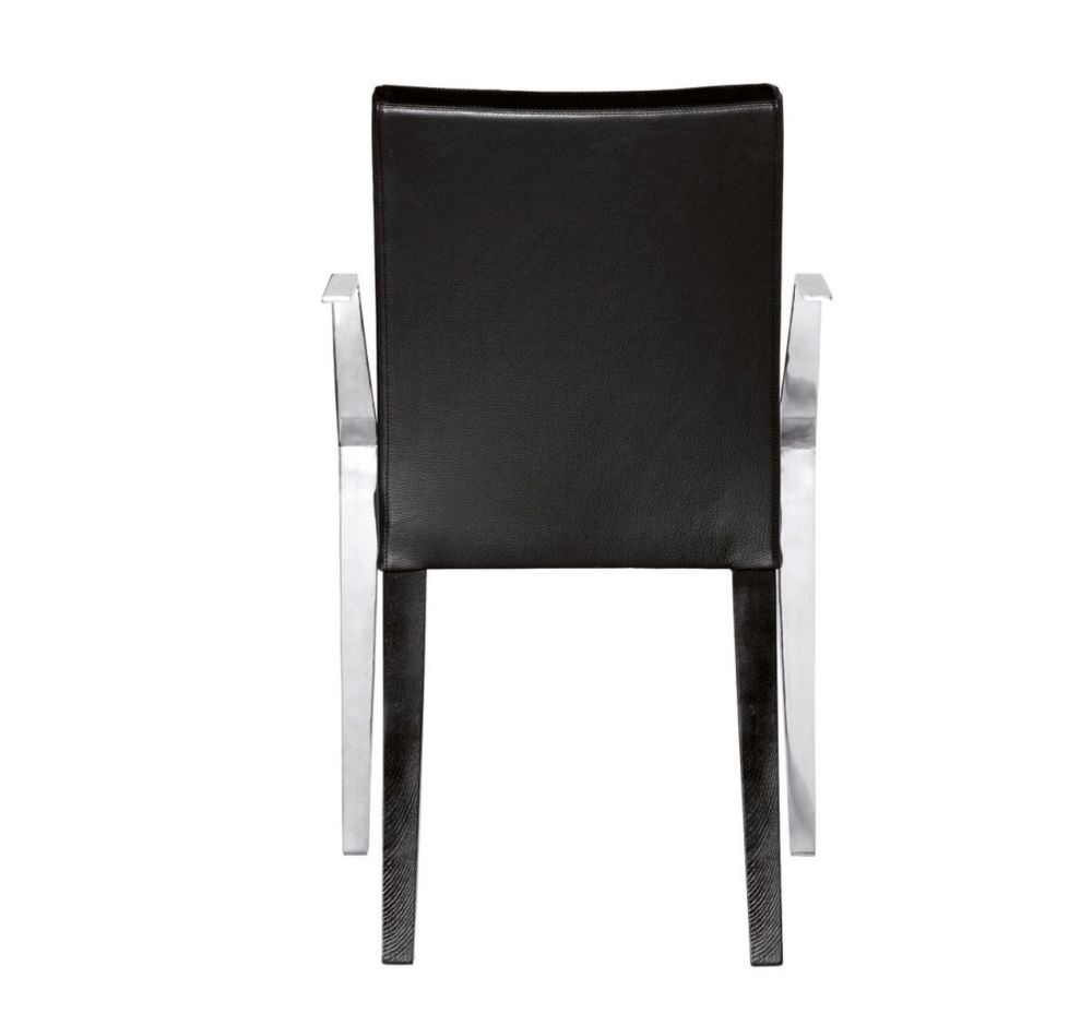 https://res.cloudinary.com/clippings/image/upload/t_big/dpr_auto,f_auto,w_auto/v2/products/monseigneur-armchair-w53-cairo-bianco-01-53-driade-clippings-9578271.jpg