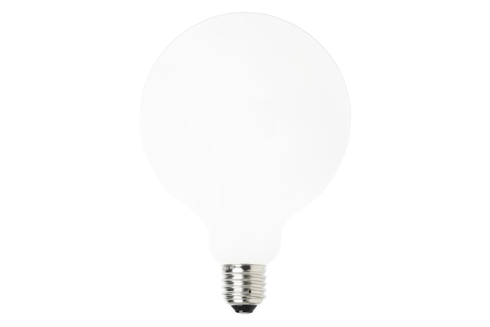 https://res.cloudinary.com/clippings/image/upload/t_big/dpr_auto,f_auto,w_auto/v2/products/opal-led-bulb-set-of-4-125-ferm-living-clippings-11126038.jpg