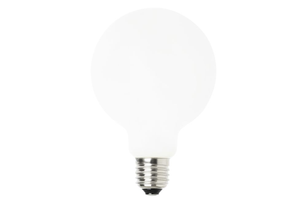 https://res.cloudinary.com/clippings/image/upload/t_big/dpr_auto,f_auto,w_auto/v2/products/opal-led-bulb-set-of-4-95-ferm-living-clippings-11126039.jpg