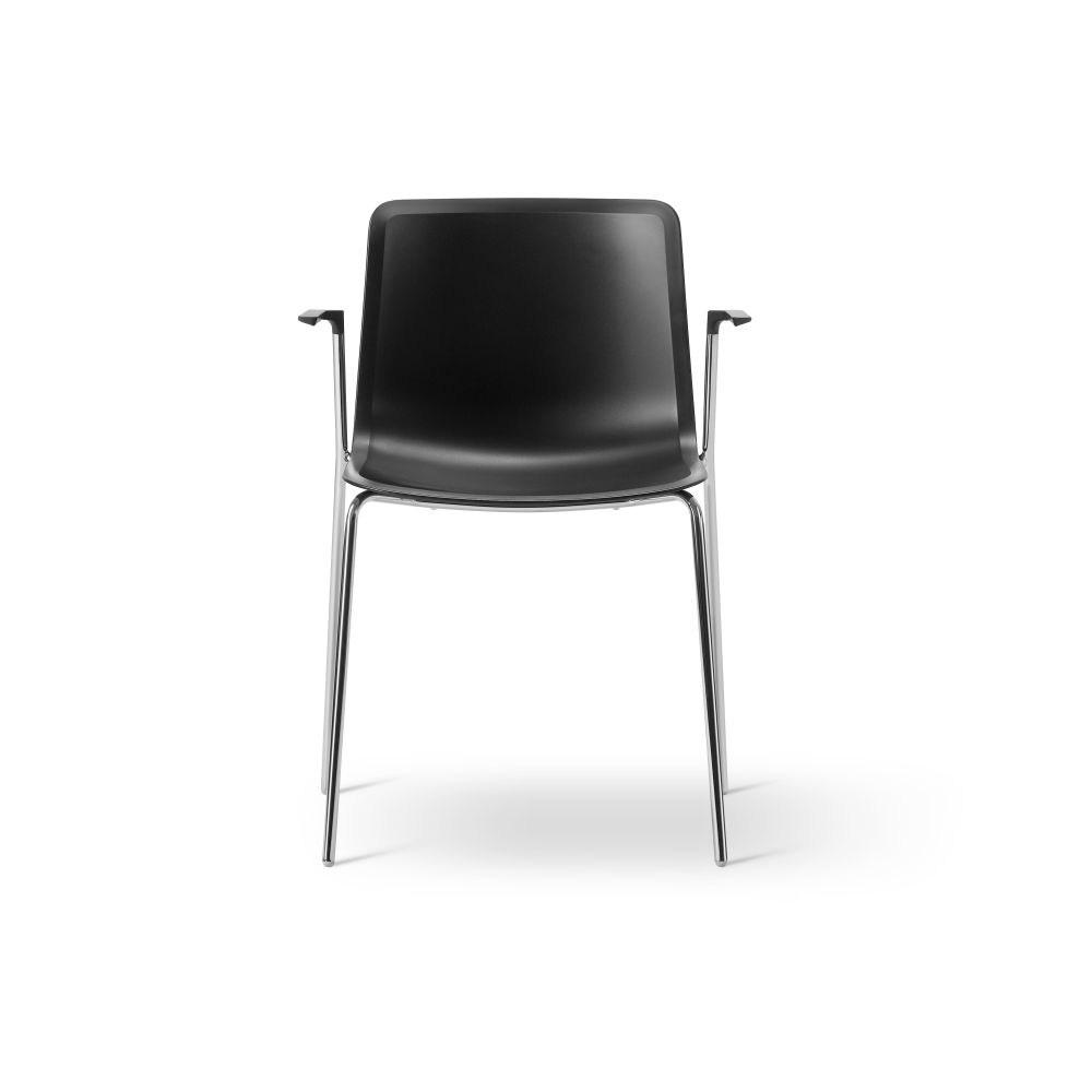 https://res.cloudinary.com/clippings/image/upload/t_big/dpr_auto,f_auto,w_auto/v2/products/pato-4-leg-armchair-chrome-quartz-grey-fredericia-welling-ludvik-clippings-9430421.jpg