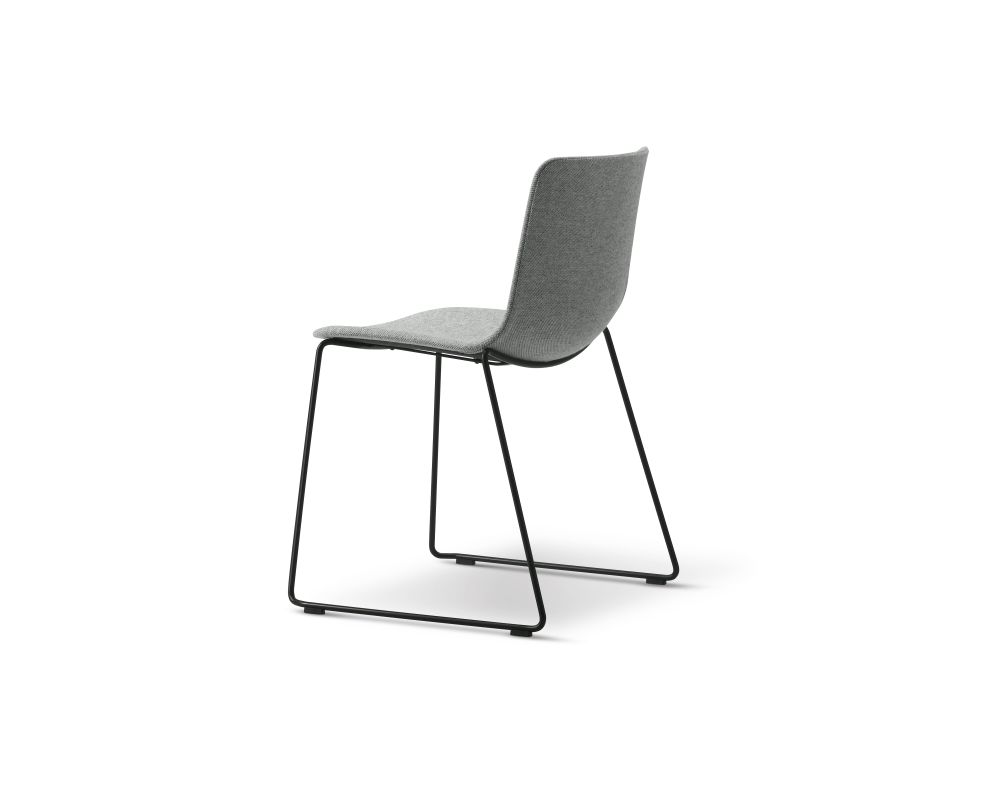 https://res.cloudinary.com/clippings/image/upload/t_big/dpr_auto,f_auto,w_auto/v2/products/pato-sledge-chair-fully-upholstered-chrome-remix-2-143-fredericia-welling-ludvik-clippings-9429371.jpg