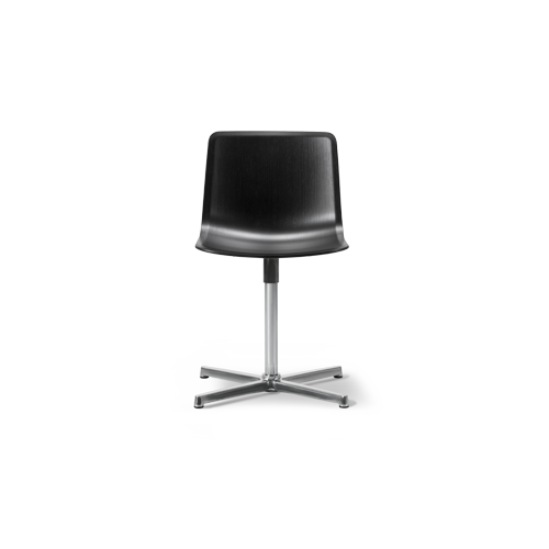 https://res.cloudinary.com/clippings/image/upload/t_big/dpr_auto,f_auto,w_auto/v2/products/pato-swivel-chair-chrome-steel-oak-black-lacquered-fredericia-welling-ludvik-clippings-9493571.png
