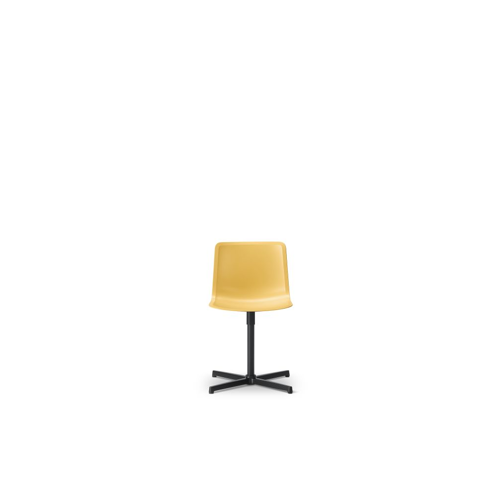 https://res.cloudinary.com/clippings/image/upload/t_big/dpr_auto,f_auto,w_auto/v2/products/pato-swivel-chair-fredericia-welling-ludvik-clippings-9493501.jpg