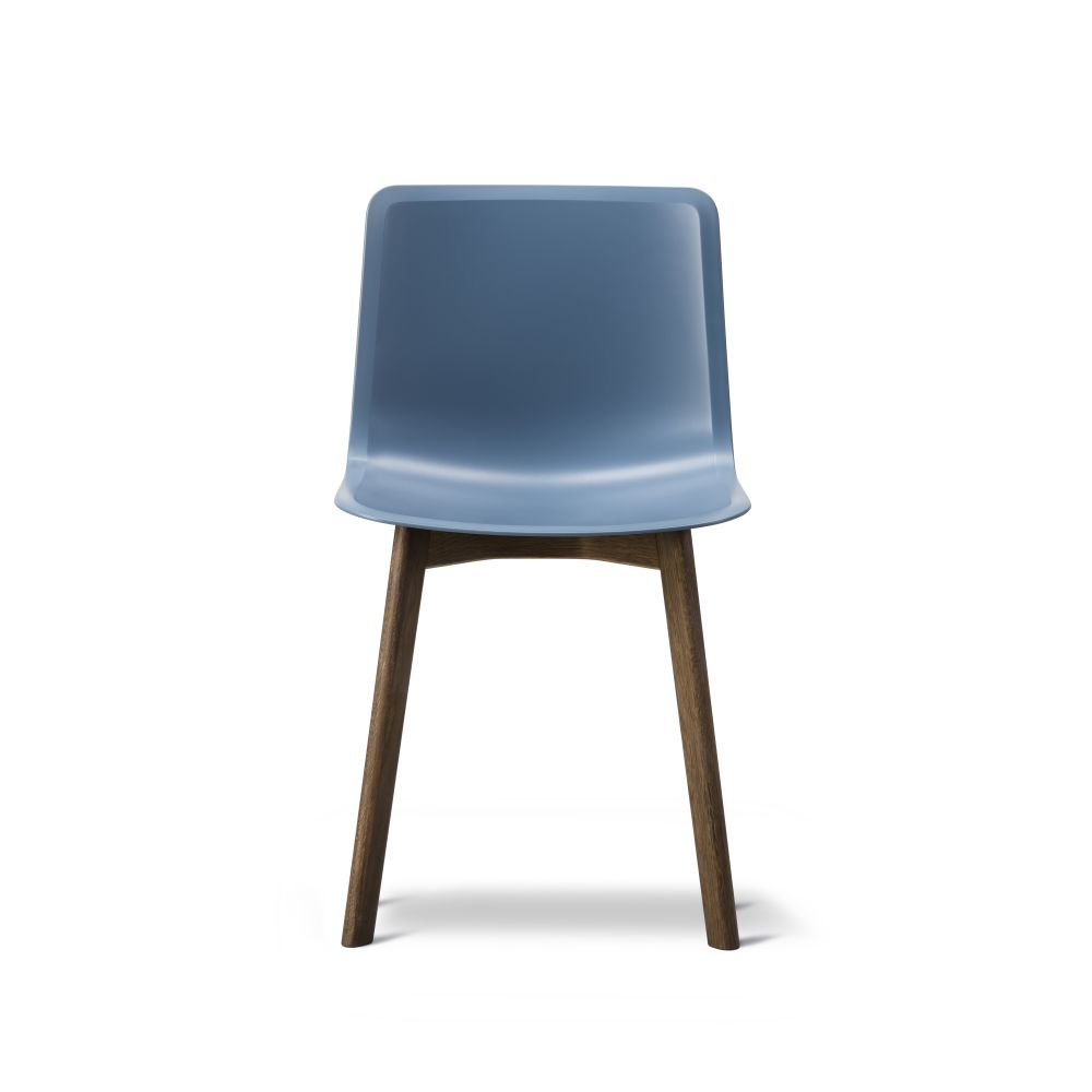 https://res.cloudinary.com/clippings/image/upload/t_big/dpr_auto,f_auto,w_auto/v2/products/pato-wood-base-chair-fredericia-welling-ludvik-clippings-9405031.jpg