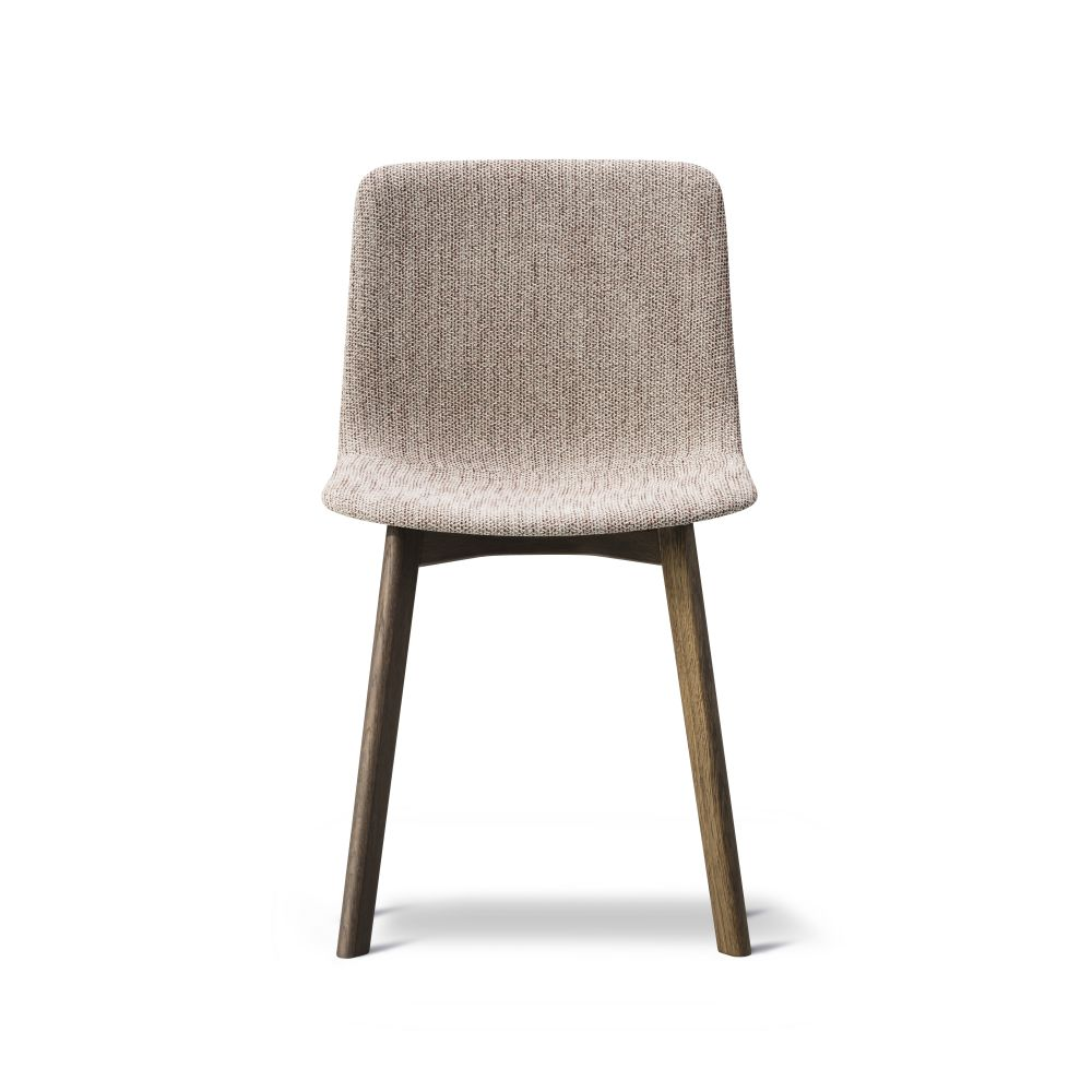 https://res.cloudinary.com/clippings/image/upload/t_big/dpr_auto,f_auto,w_auto/v2/products/pato-wood-base-chair-full-upholstered-fredericia-welling-ludvik-clippings-9474911.jpg