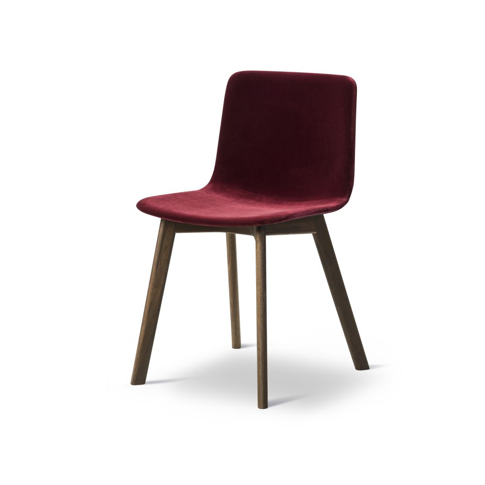 https://res.cloudinary.com/clippings/image/upload/t_big/dpr_auto,f_auto,w_auto/v2/products/pato-wood-base-chair-full-upholstered-fredericia-welling-ludvik-clippings-9474931.jpg