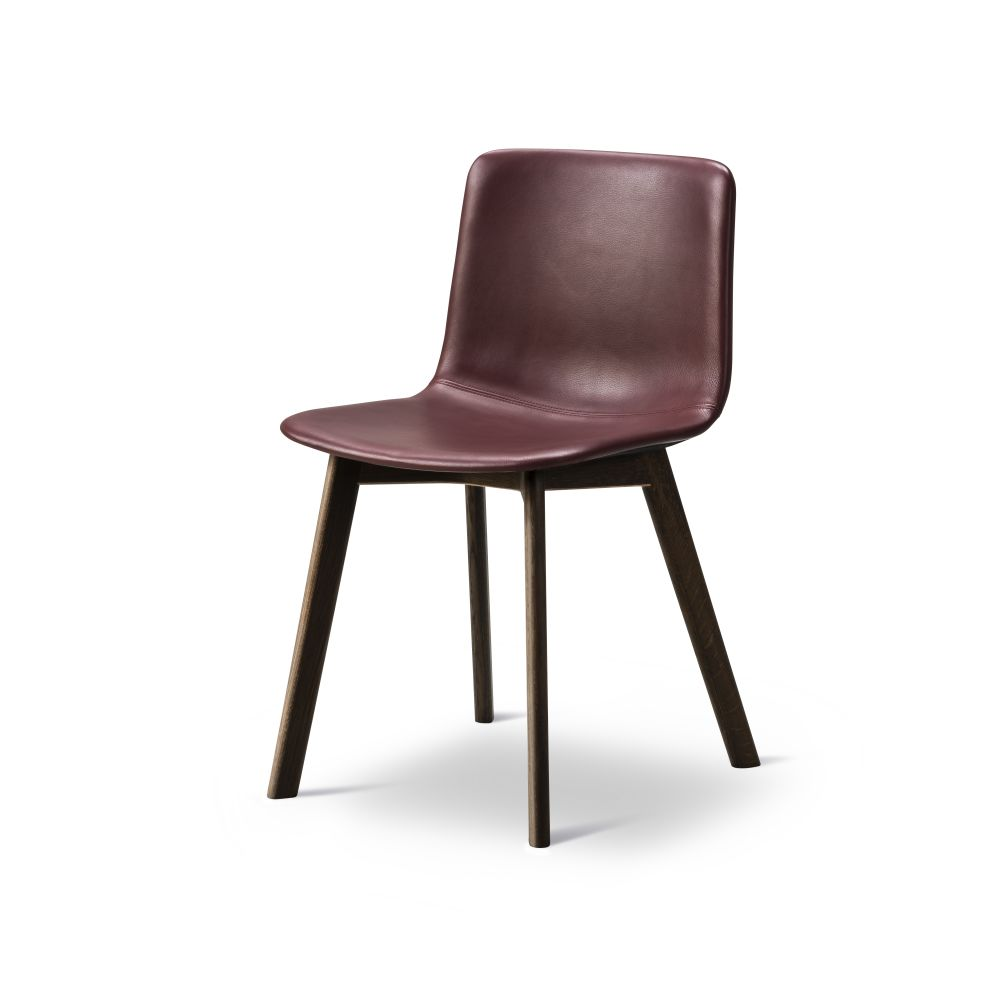 https://res.cloudinary.com/clippings/image/upload/t_big/dpr_auto,f_auto,w_auto/v2/products/pato-wood-base-chair-full-upholstered-fredericia-welling-ludvik-clippings-9474941.jpg