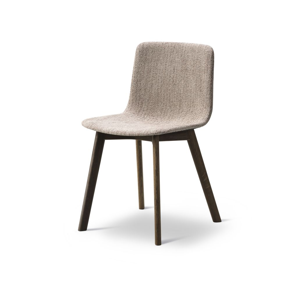 https://res.cloudinary.com/clippings/image/upload/t_big/dpr_auto,f_auto,w_auto/v2/products/pato-wood-base-chair-full-upholstered-fredericia-welling-ludvik-clippings-9474951.jpg