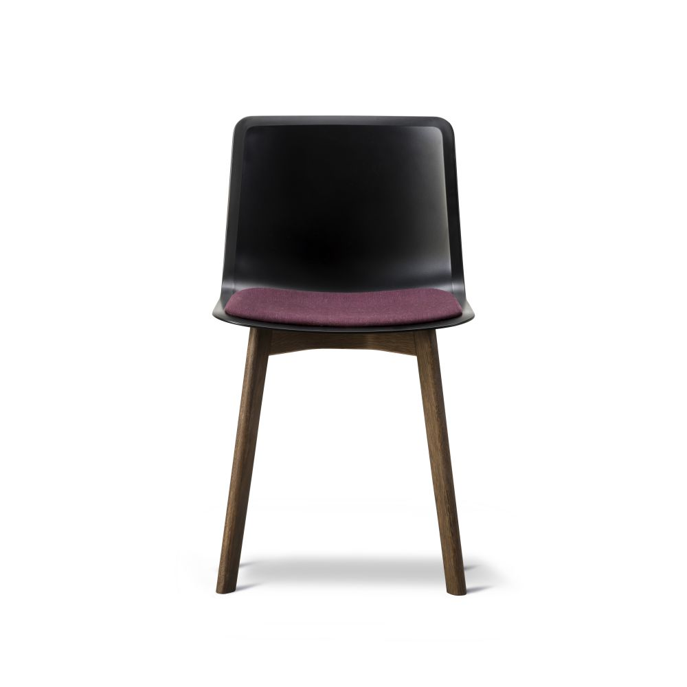 Oak Black Lacquered, Quartz grey, Remix 2 143,Fredericia,Seating,chair,furniture,leather,magenta,violet