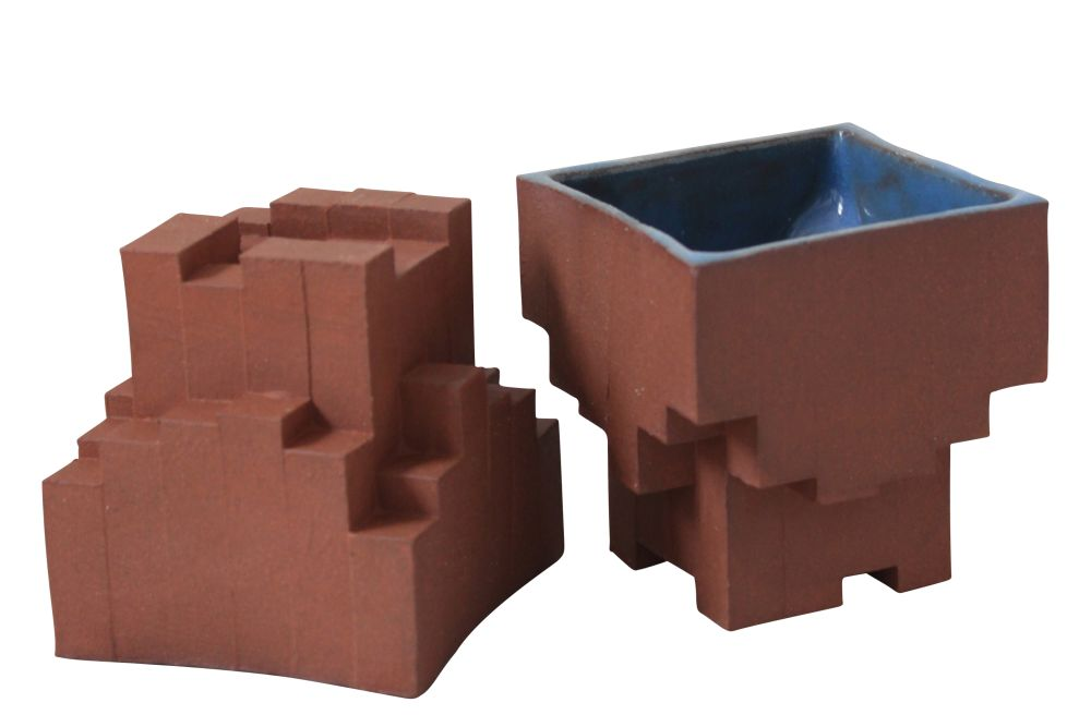 Terracotta,Julian F Bond,Plant Pots,brick,brown