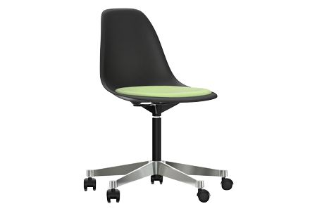 https://res.cloudinary.com/clippings/image/upload/t_big/dpr_auto,f_auto,w_auto/v2/products/pscc-eames-plastic-side-chair-seat-upholstered-01-basic-dark-02-castors-hard-braked-for-carpet-hopsak-69-grass-greenivory-vitra-charles-ray-eames-clippings-11253629.jpg