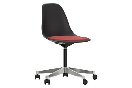 https://res.cloudinary.com/clippings/image/upload/t_big/dpr_auto,f_auto,w_auto/v2/products/pscc-eames-plastic-side-chair-seat-upholstered-01-basic-dark-02-castors-hard-braked-for-carpet-hopsak-96-redcognac-vitra-charles-ray-eames-clippings-11253562.jpg