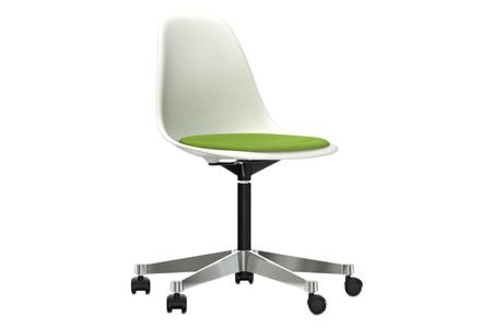 https://res.cloudinary.com/clippings/image/upload/t_big/dpr_auto,f_auto,w_auto/v2/products/pscc-eames-plastic-side-chair-seat-upholstered-04-white-02-castors-hard-braked-for-carpet-hopsak-70-grass-greenforest-vitra-charles-ray-eames-clippings-11253622.jpg