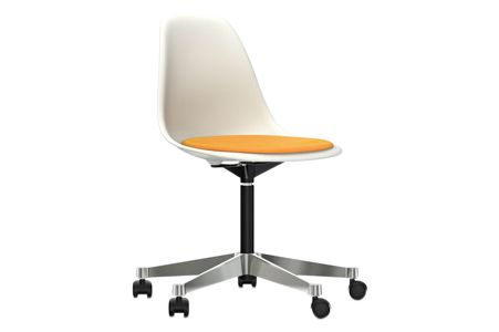 https://res.cloudinary.com/clippings/image/upload/t_big/dpr_auto,f_auto,w_auto/v2/products/pscc-eames-plastic-side-chair-seat-upholstered-04-white-02-castors-hard-braked-for-carpet-hopsak-73-petrolmoor-brown-vitra-charles-ray-eames-clippings-11253623.jpg