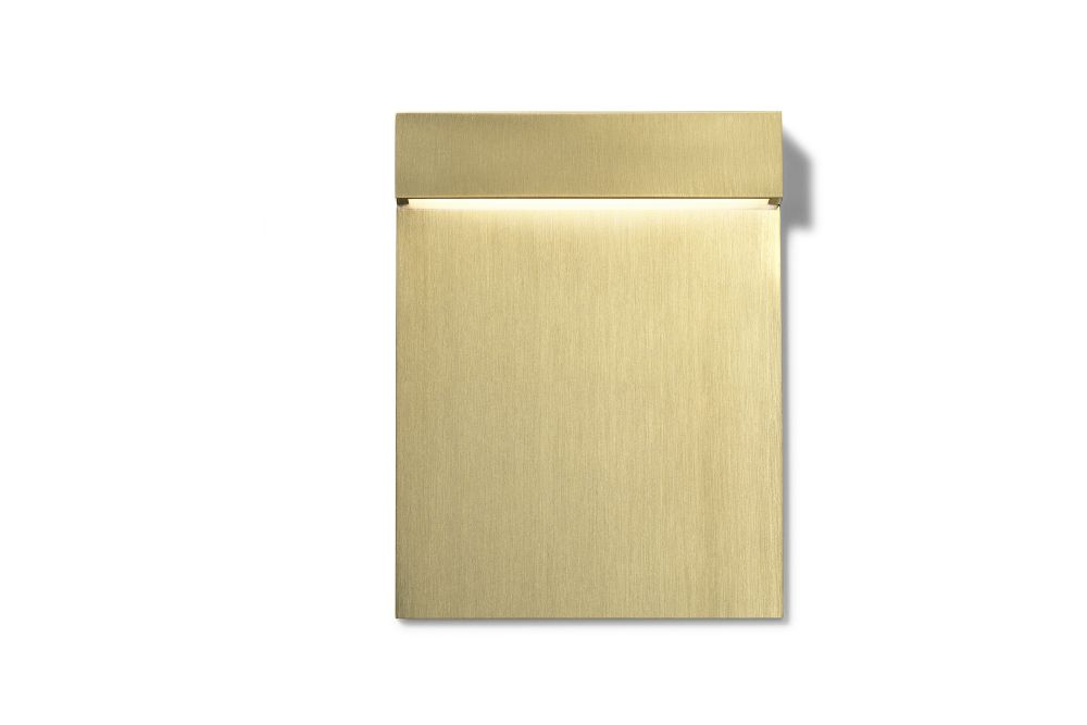 https://res.cloudinary.com/clippings/image/upload/t_big/dpr_auto,f_auto,w_auto/v2/products/real-matter-wall-light-brushed-gold-low-power-led-3w-180lm-fixt-74lm-2700k-cri80-24v-flos-piero-lissoni-clippings-11287980.jpg