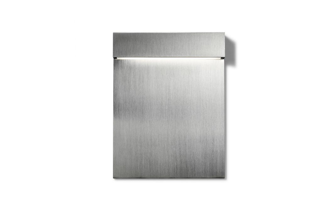 https://res.cloudinary.com/clippings/image/upload/t_big/dpr_auto,f_auto,w_auto/v2/products/real-matter-wall-light-brushed-steel-low-power-led-3w-180lm-fixt-74lm-2700k-cri80-24v-flos-piero-lissoni-clippings-11287981.jpg