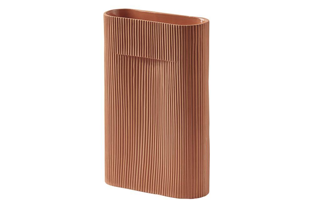 https://res.cloudinary.com/clippings/image/upload/t_big/dpr_auto,f_auto,w_auto/v2/products/ridge-vase-set-of-2-terracotta-35-muuto-studio-kaksikko-clippings-11344389.jpg