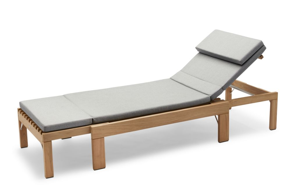 https://res.cloudinary.com/clippings/image/upload/t_big/dpr_auto,f_auto,w_auto/v2/products/riviera-sunbed-with-cushion-ash-skagerak-povl-b-eskildsen-clippings-11301143.jpg
