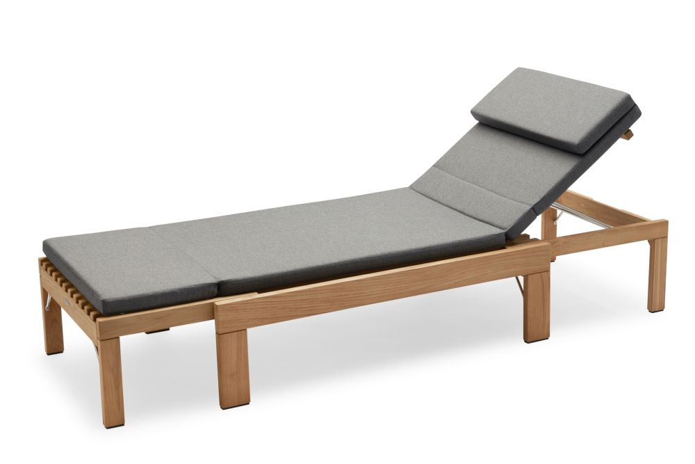 https://res.cloudinary.com/clippings/image/upload/t_big/dpr_auto,f_auto,w_auto/v2/products/riviera-sunbed-with-cushion-charcoal-skagerak-povl-b-eskildsen-clippings-11301144.jpg