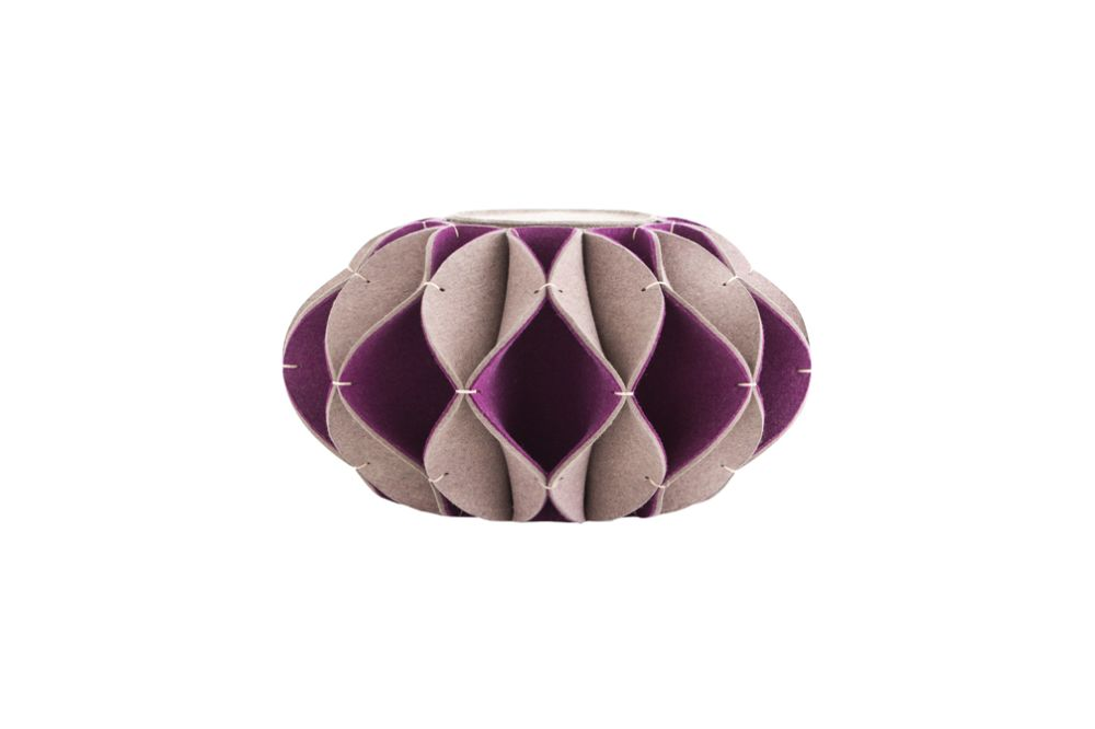 https://res.cloudinary.com/clippings/image/upload/t_big/dpr_auto,f_auto,w_auto/v2/products/ruff-pouf-high-purple-gan-romero-vallejo-clippings-8887611.jpg