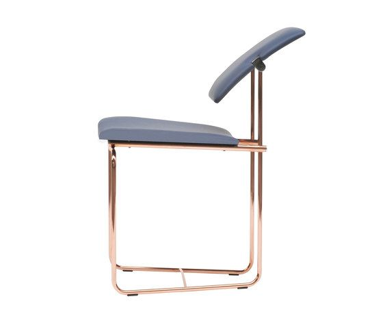 https://res.cloudinary.com/clippings/image/upload/t_big/dpr_auto,f_auto,w_auto/v2/products/safari-s02-chair-green-copper-frame-ghyczy-peter-ghyczy-clippings-8745171.jpg